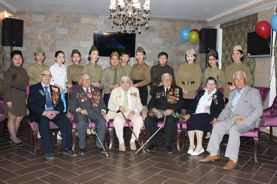 Festive lunch for veterans of the Second World War